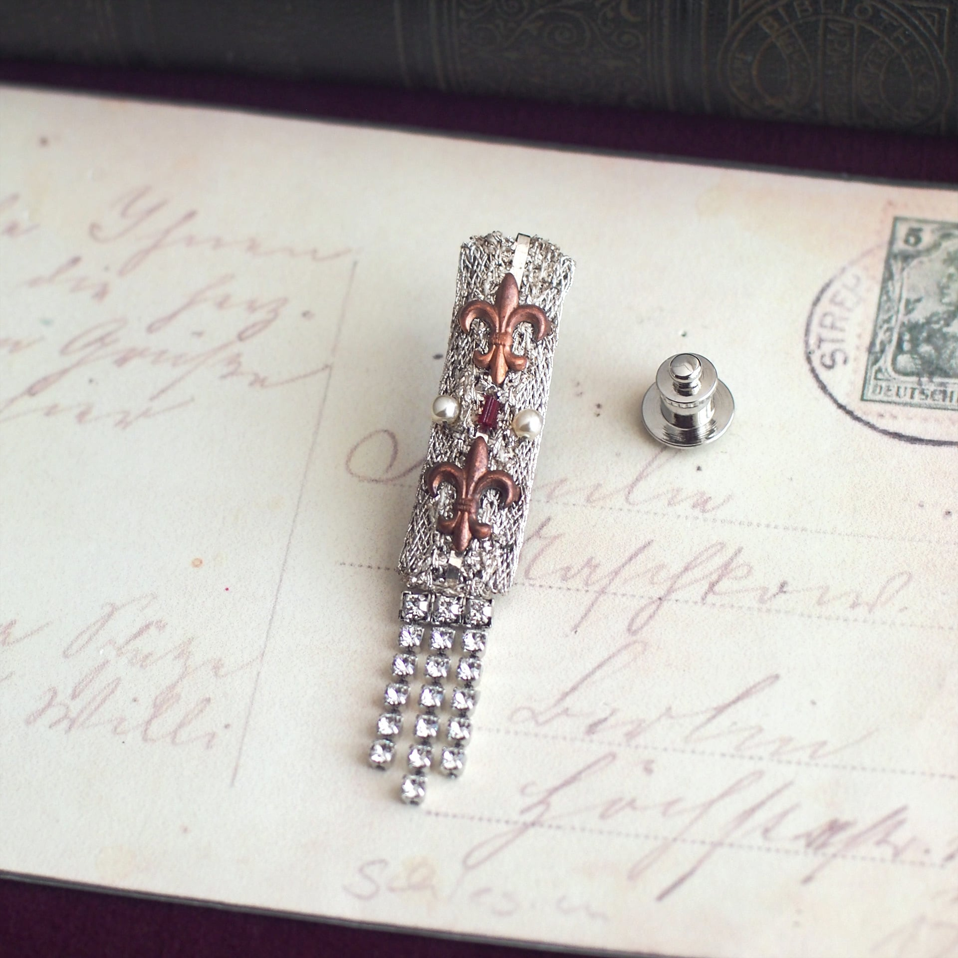 ユリの勲章 / ラペルピン(Silver4)
