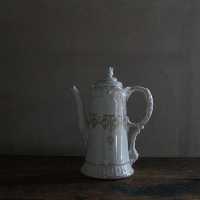古いベルギーの陶器ポット