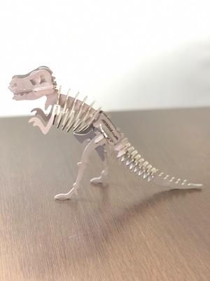 ミツワサウルス Mサイズ【MITSUWA-factory 】オプションでオリジナルネームプレートをお作りできます