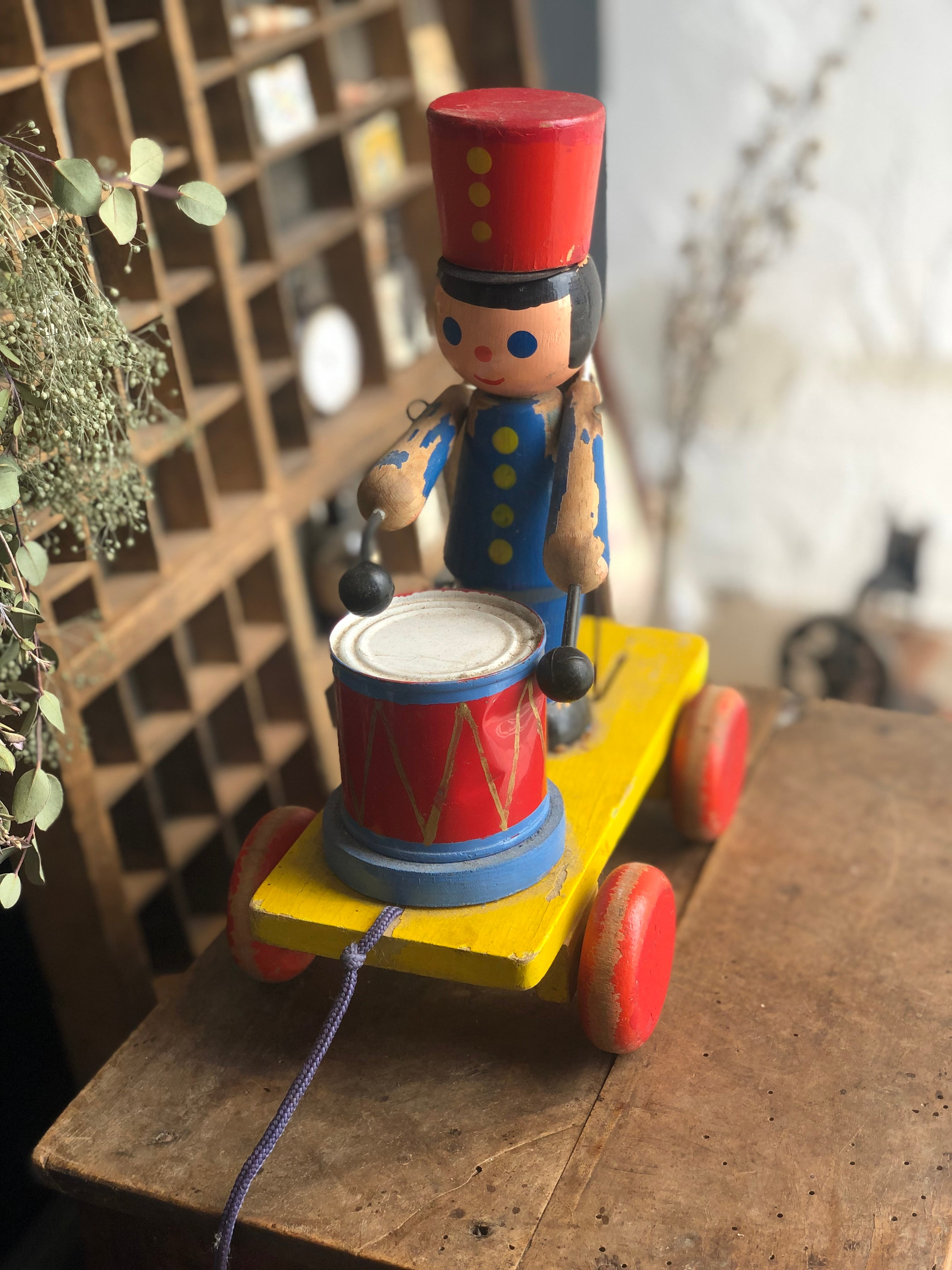 木製 おもちゃの兵隊