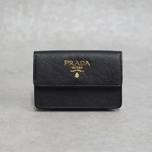 PRADA プラダ カードケース サフィアーノメタル ブラック