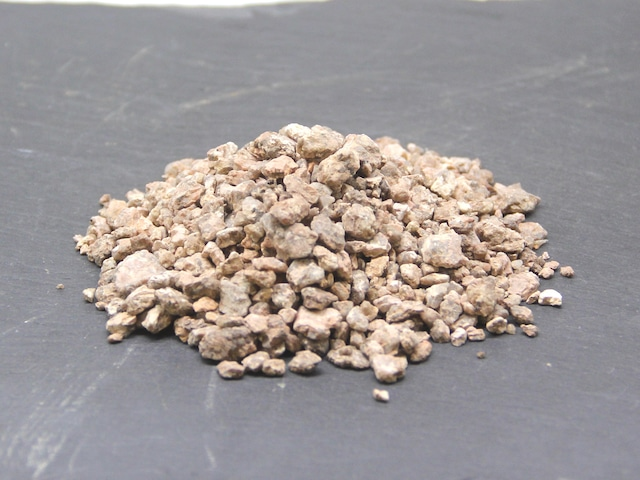 汎用化粧砂 大粒(50cc)《苔テラリウム・コケリウム用》