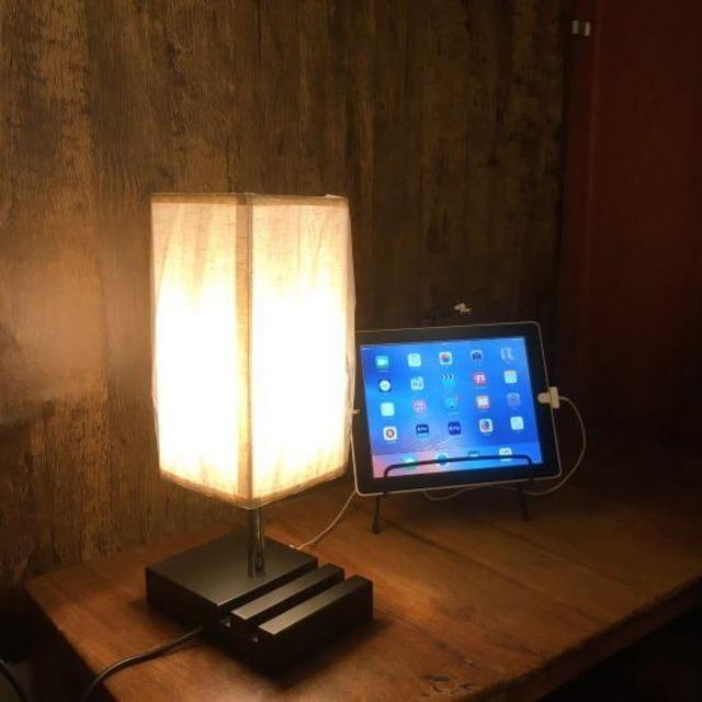 TOPANGA Lighting USBポート付タッチランプ スクエア