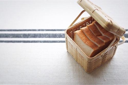 bamboo bread basket  /  竹のパンかご