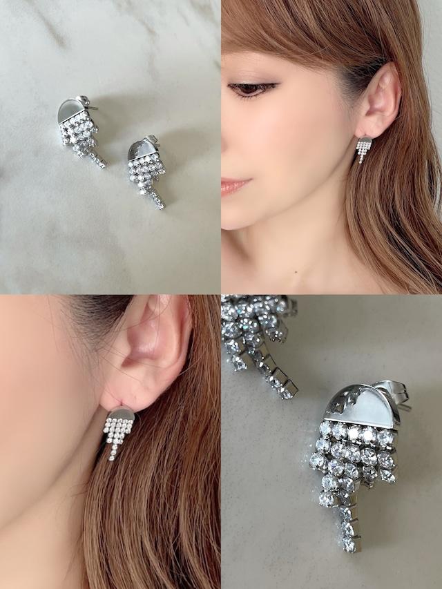 luxuryピアス ¥3,500+tax
