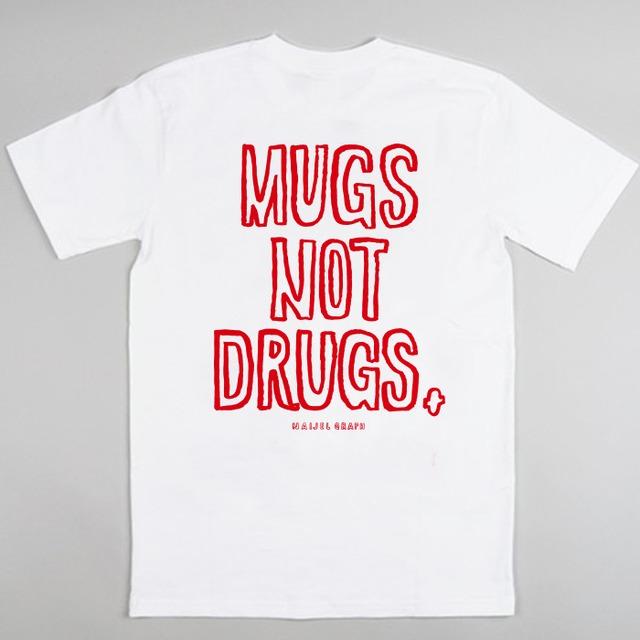 NAIJEL GRAPH x COFFEE SUPREME ''MUGS NOT DRUGS'' Tシャツ