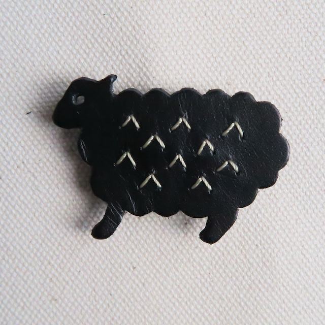 Leather brooch sheep BLACK