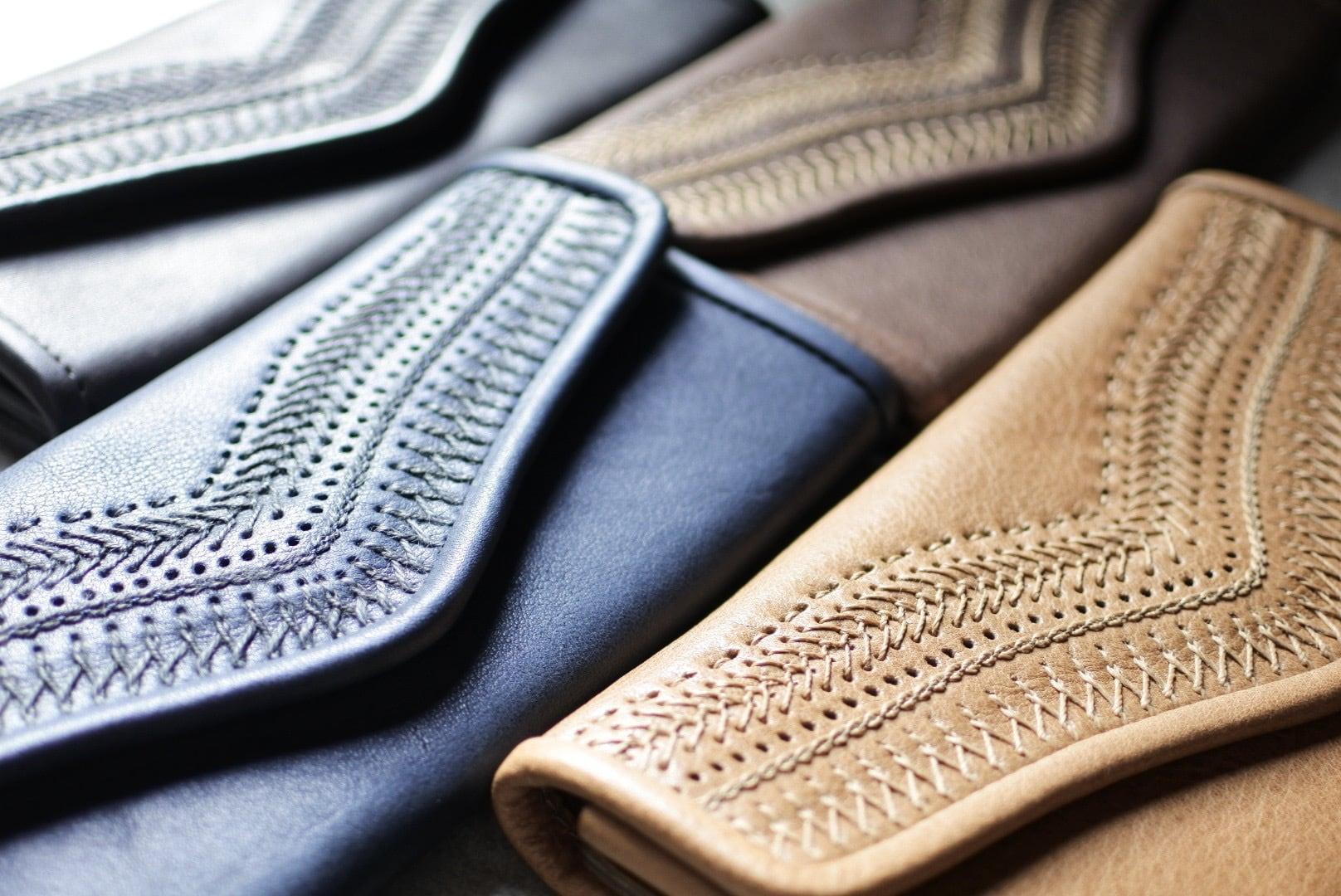 Yammart(ヤマート) / 刺繍ロングウォレット stitch-long-wallet/blue or black