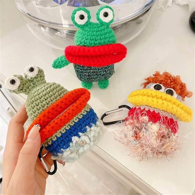 hand-knitted bigmouth airpods case