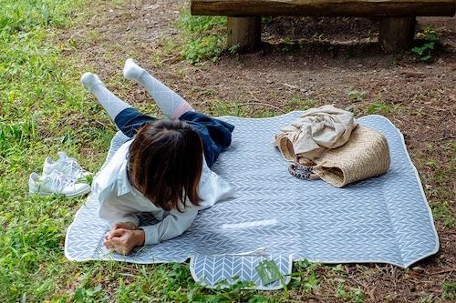 リネン素材折りたたみマット【アウトドア・キャンプ・ピクニック】