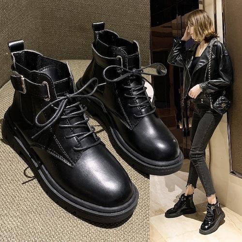 選べる光沢あり・なしの2タイプ ショートブーツ シューレース ベルト バックル 韓国ファッション レディース  ラウンドトゥ 歩きやすい 履きやすい 痛くない 626777311723