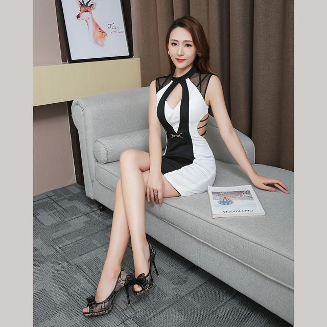 ステッチコントラストドレス ·背面の中空ロープ【YN1066】