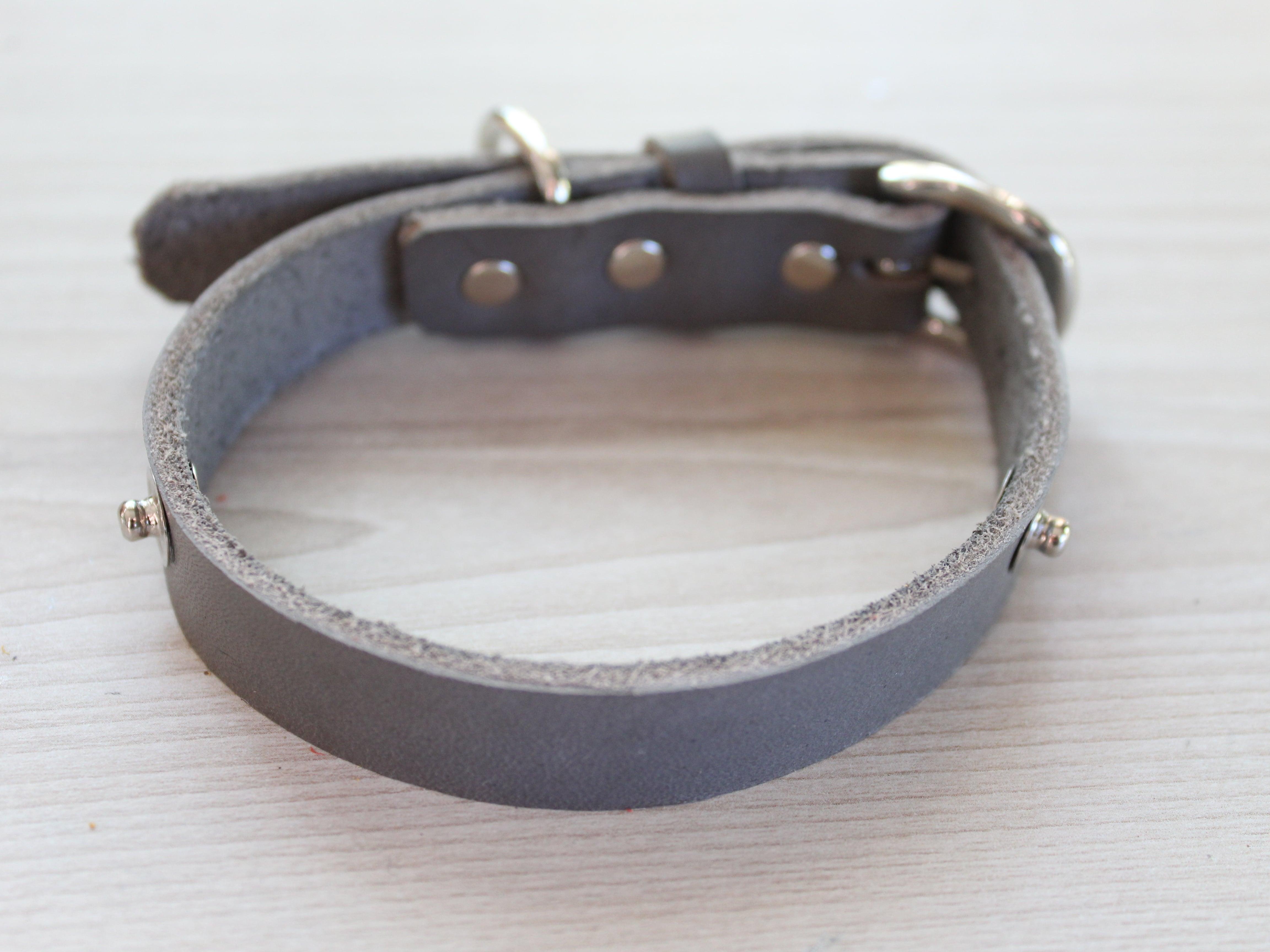 """WanDelen"" Dog Necklace (本体 grey)"