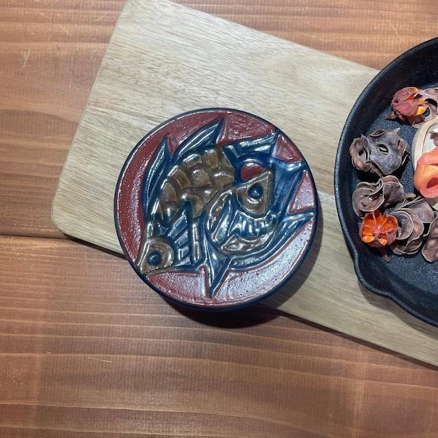 赤絵魚紋 高台豆皿