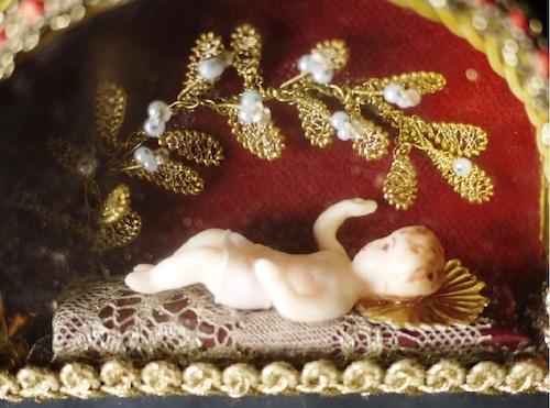 赤ちゃんのイエス ドームケース クリッペb
