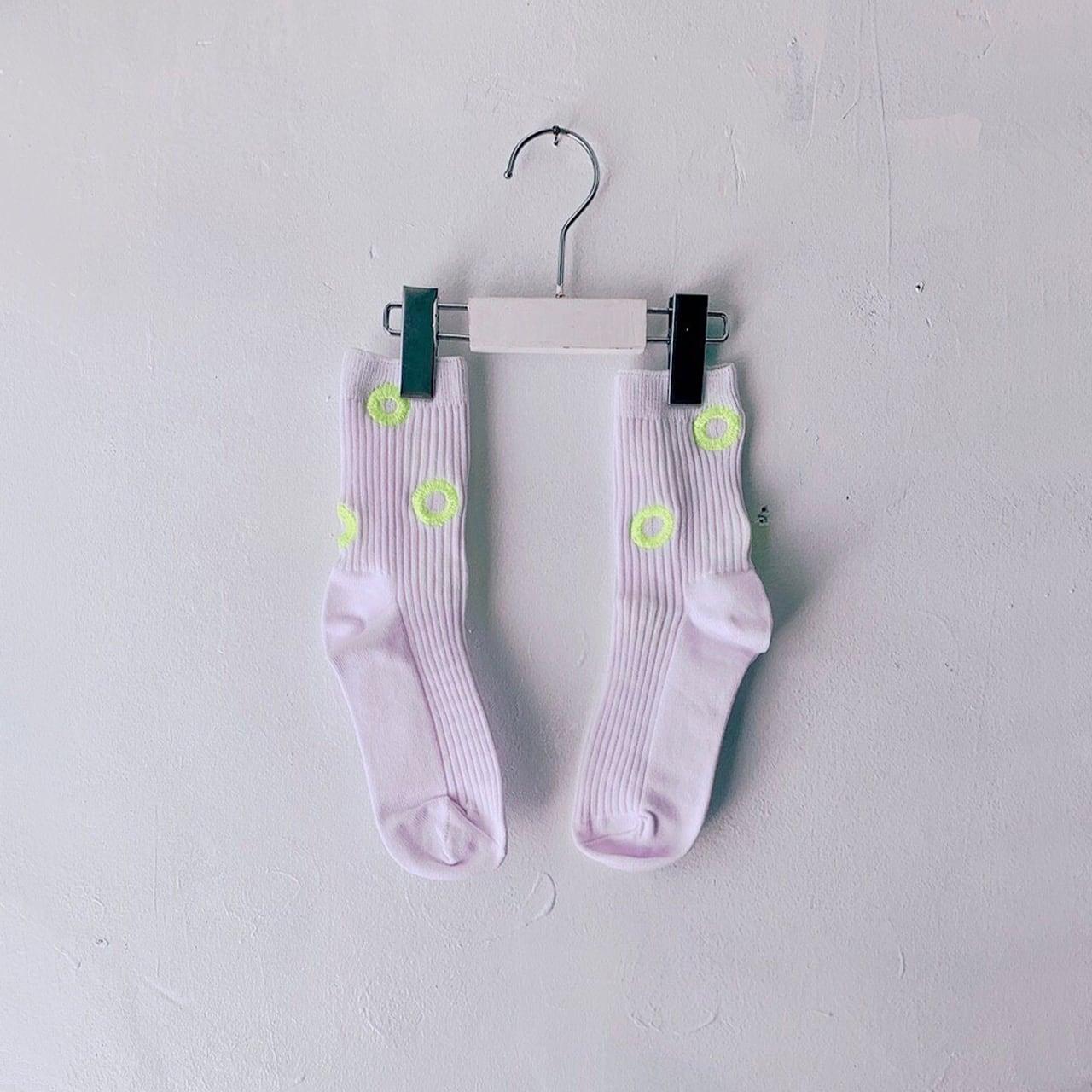 MONDEWORK まる刺繍SOCKS #1 白×イエロー刺繍