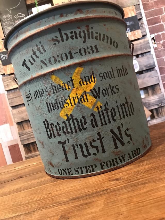 リメイクペール缶