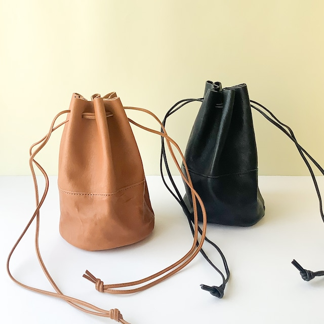 Arts & Crafts - Vegetable Horse Leather Draw Strings Pouch / S - キャメル / ブラック