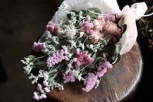 花材お任せスワッグ ( M size )~優しいピンク