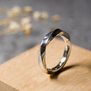 シルバーツイストリング 2.5mm幅 鏡面 3号~27号|WKS TWIST RING 2.5 sv mirror|SILVER950 銀 指輪 FA-255