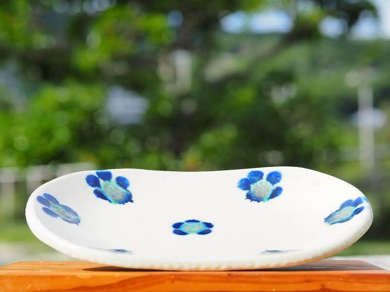 かわいい花文 楕円皿 【工房sen】