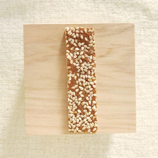 ごま|京菓子・林さんの松風