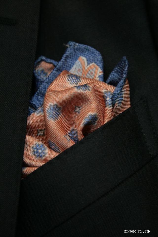 クラシカルな花柄と小紋のリバーシブルチーフ イタリア老舗ネクタイメーカーALBENIアルベニ社製