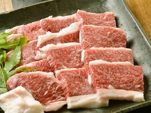 国産黒毛和牛上バラ肉 (100g当たり)