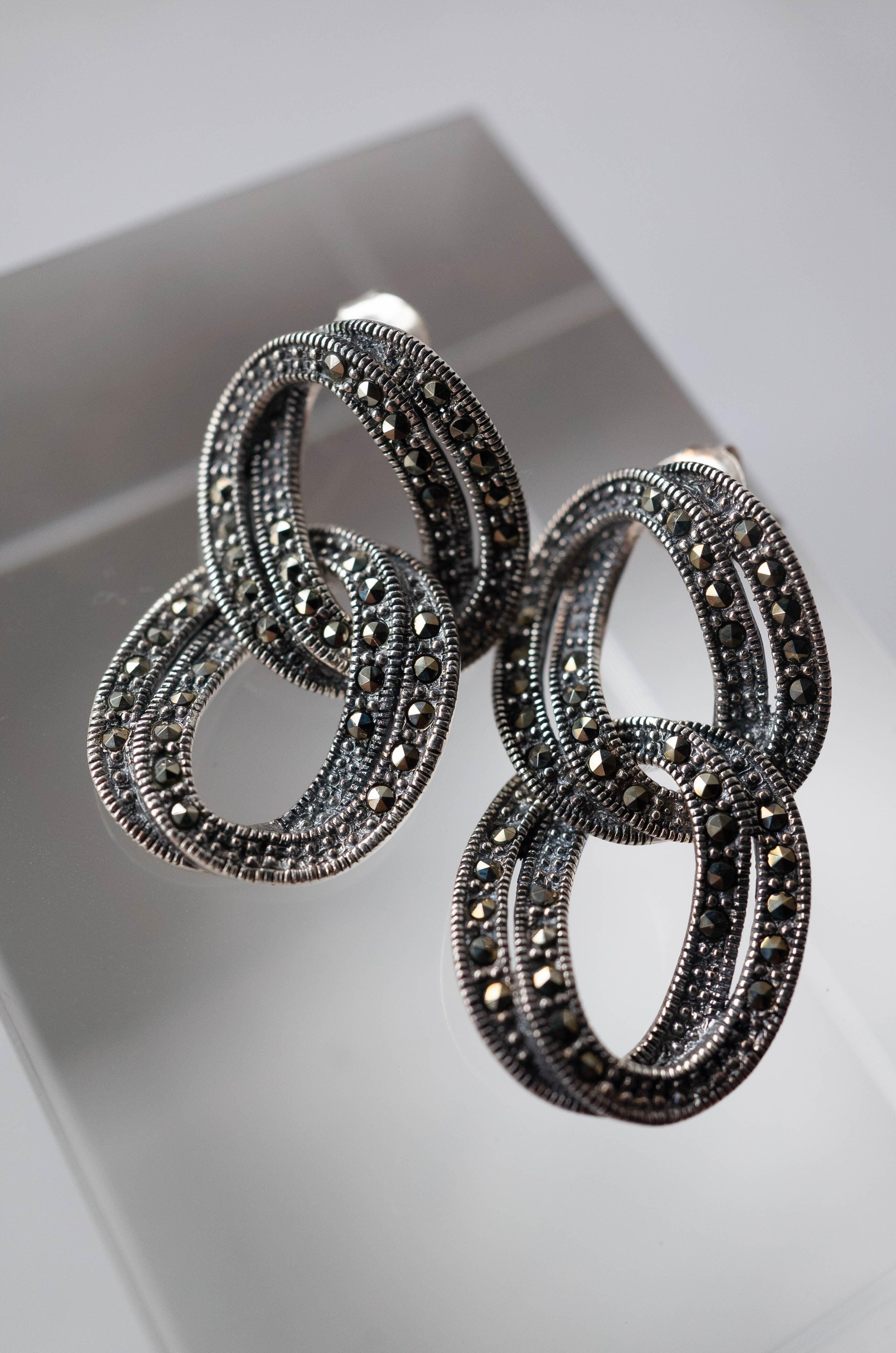 Staring SIlver Chain Earrings