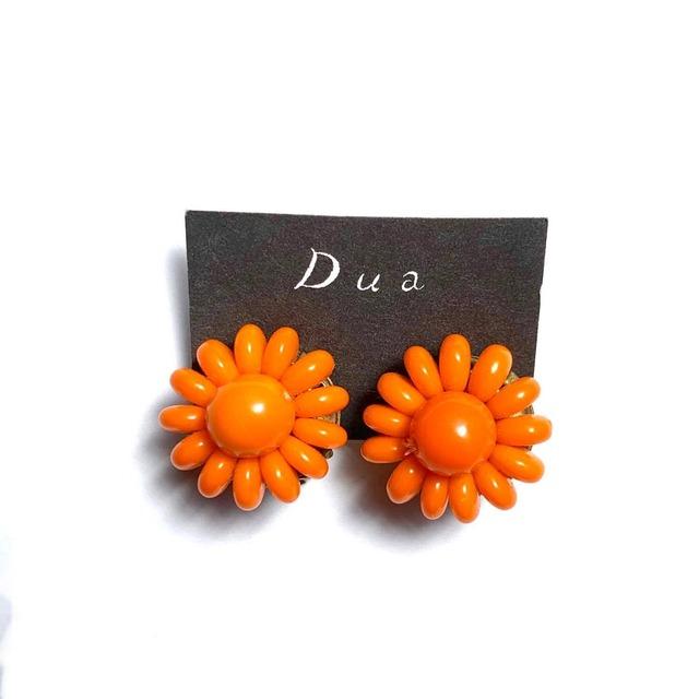 オレンジお花のヴィンテージイヤリング