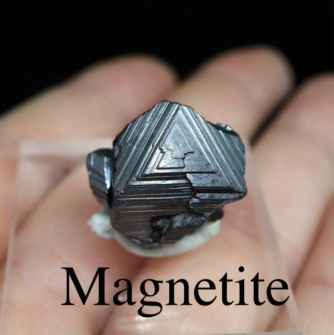 マグネタイト クリスタル 磁鉄鉱 6,9g ユタ州産   MGT031  原石 天然石 鉱物 パワーストーン