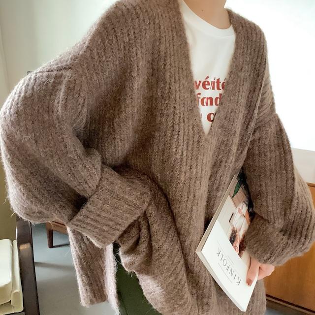 Vneck over knit/moca