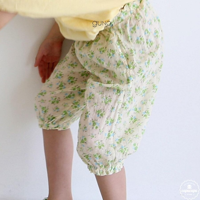 «sold out» guno flower pants 2colors  フラワージョガーパンツ