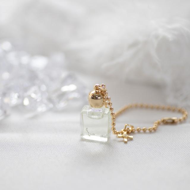 アンシェントメモリーオイル  [オリジナルブレンドボトル]1㎖(平角瓶/ゴールド蓋)