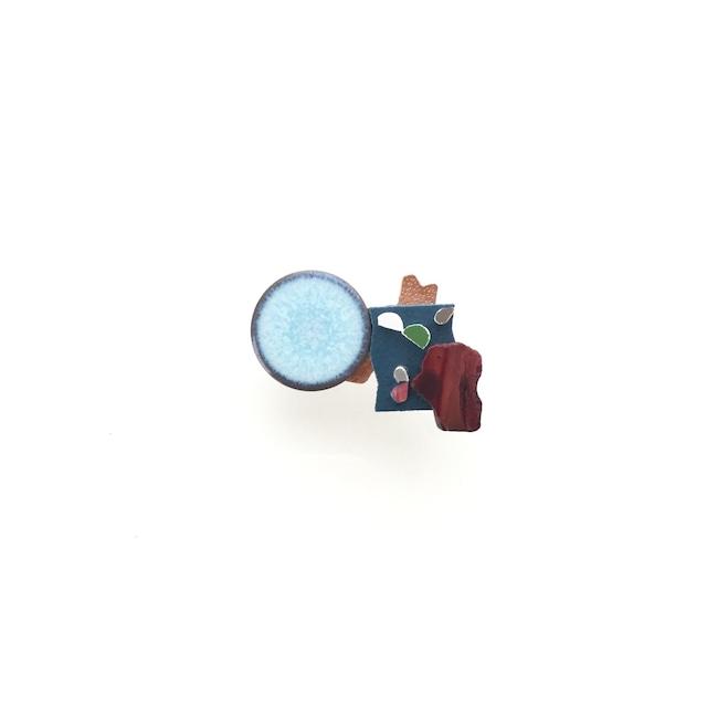 モザイクと銅のmixブローチ(水に落ちる種)