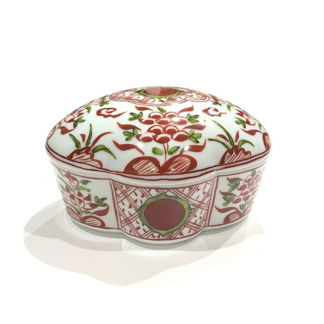 万暦赤絵 木瓜型陶箱