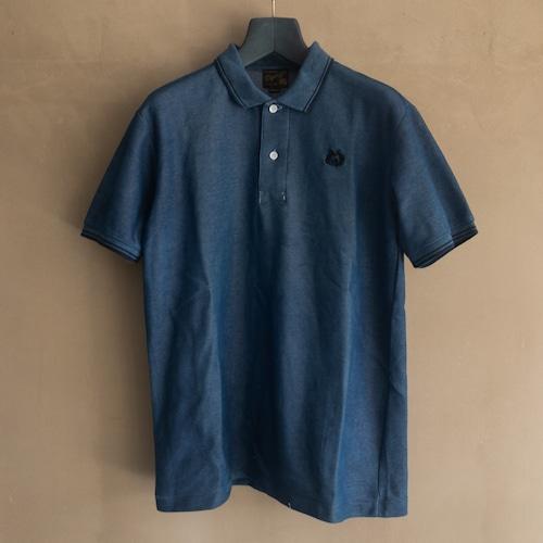 青い藍染のポロシャツ