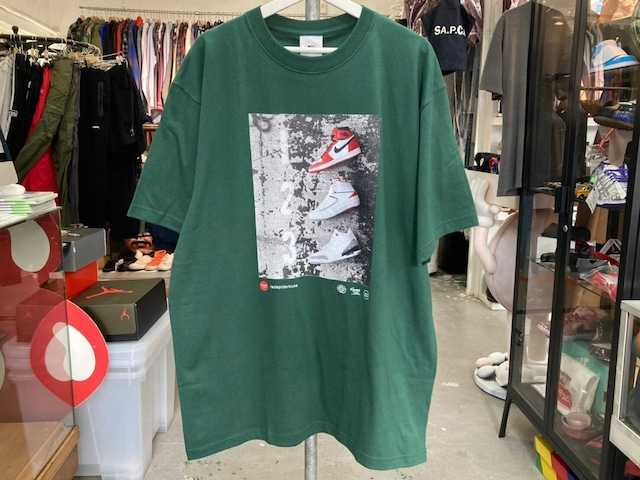 THE NETWORK BUSINESS × SNKRDUNK × RED SPIDER KICKS 2ND COLLABORATION WITH TNB PHOTO TEE XL GREEN 0089