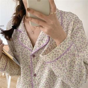 【パジャマ】フラワーラインカラーパジャマ(purple)