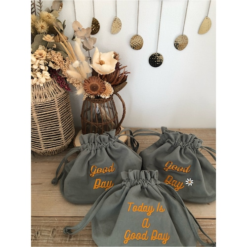 good day bag カーキxオレンジ刺繍 129