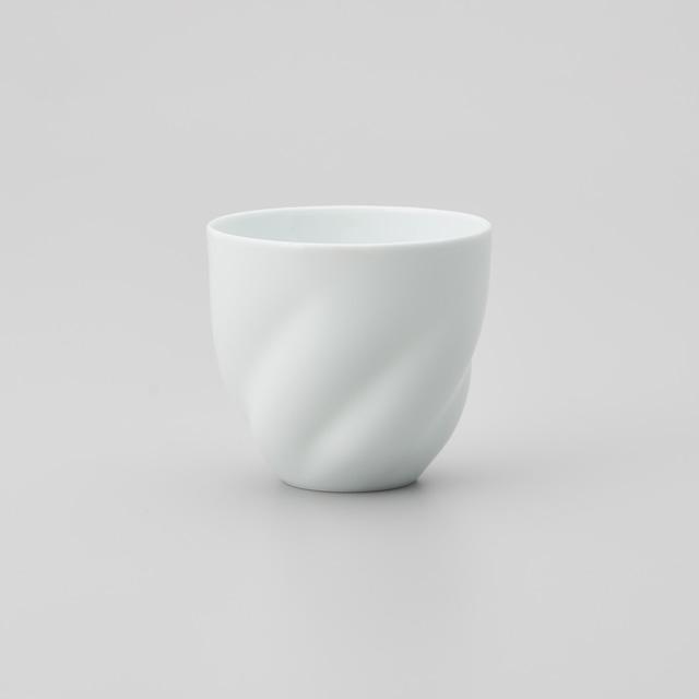 【中仙窯】白磁五方ひねりフリーカップ(丸型)(日本工芸会正会員 中尾 純作)