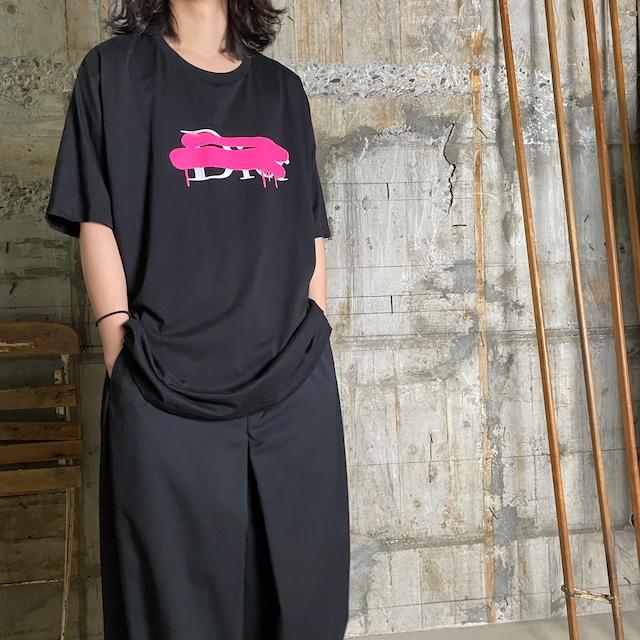 BLACK SCORE【ブラックスコア 】DI CROSS COLOR Tシャツ(BLACK).