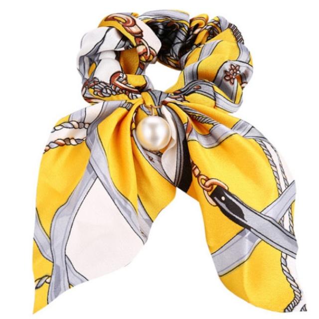 スカーフ柄おしゃれシュシュ