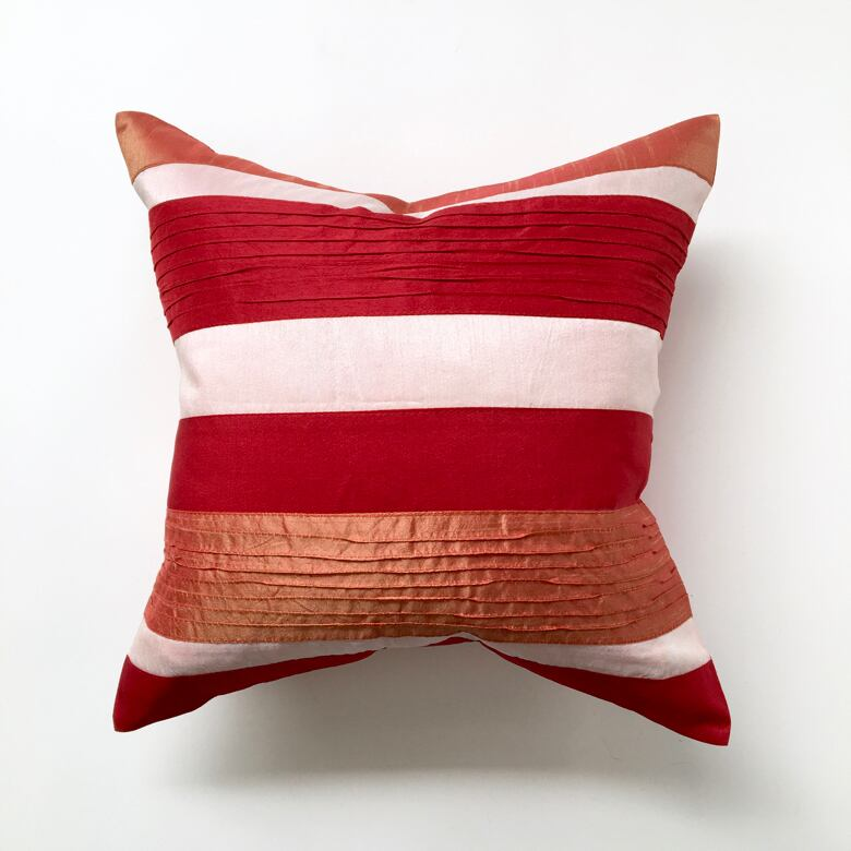 【訳ありセール】ストライプのクッションカバー 【Sample】Striped Cushion Cover