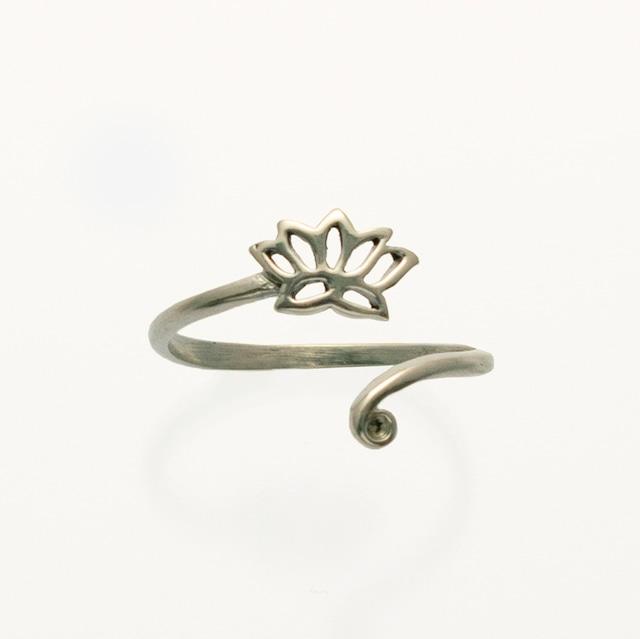 シルバーリング ロータス  Silver Ring Lotus