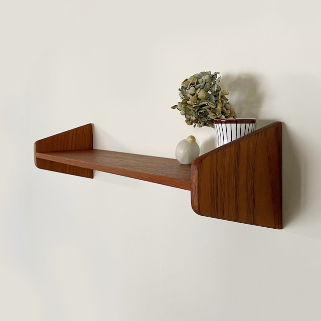 Wall shelf / WS014