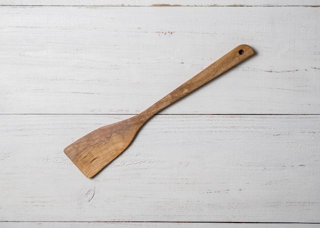 調理用木べら 角形 ヤマザクラ材(木ベラ・フライ返し・ターナー)/Canaria Wood Works