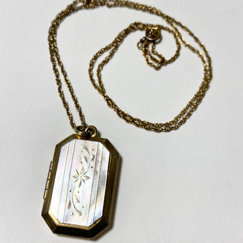 1920's 〜30's  Antique Mother Of Pearl 10KGF Locket Pendant Necklace