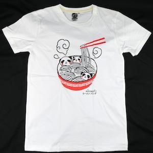 親子の三匹のパンダが美味しそう!「ラーメンパンダ」Tシャツ