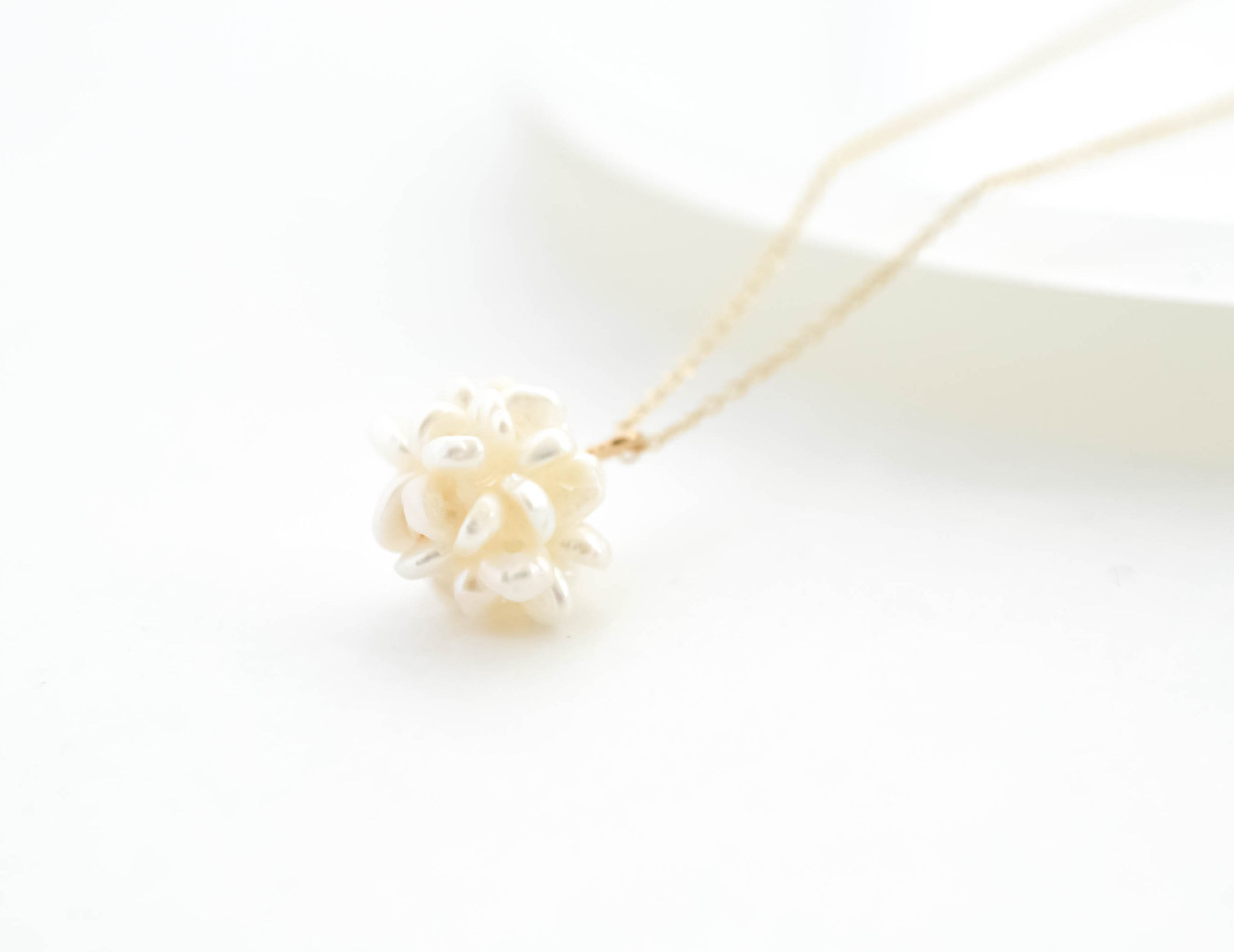 water pearl ball necklace